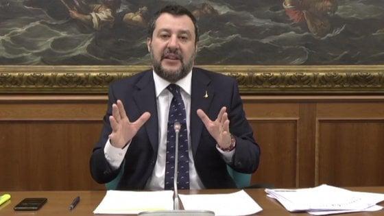 """Coronavirus, Salvini modera i toni: """"Vogliamo essere collaborativi ma senza chiudere gli occhi"""""""
