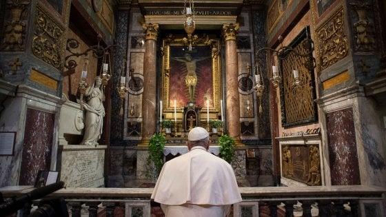 Coronavirus, Papa: indulgenza plenaria a malati e medici