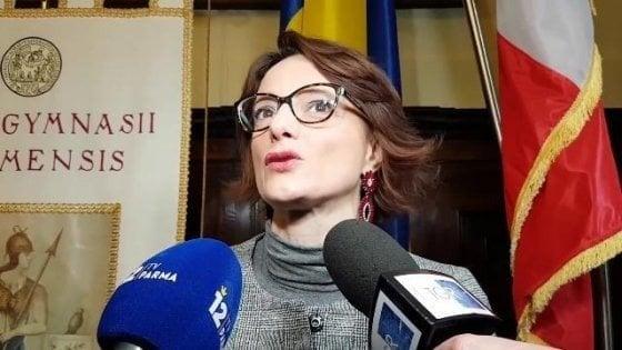Coronavirus, la ministra Bonetti alle donne: 'Se subite violenza, chiedete aiuto. Non temete l'autocertificazione'