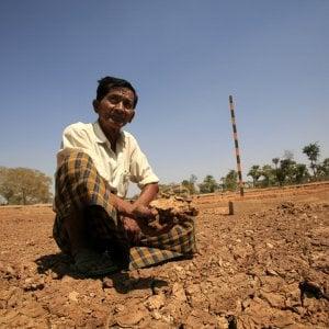 Myanmar, il clima cambia: la battaglia dei contadini per gli scarsi raccolti e le resistenze delle banche