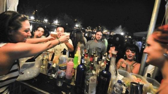 No, l'alcol non ci protegge dal coronavirus Anzi, ci indebolisce