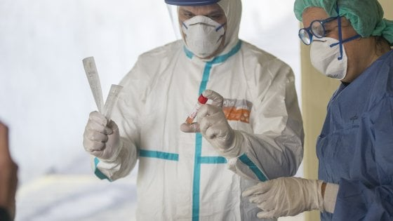 Coronavirus, ieri altre 11.000 persone denunciate
