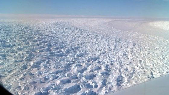 Antartide, la Nasa: il canyon più profondo della Terra si sta sciogliendo