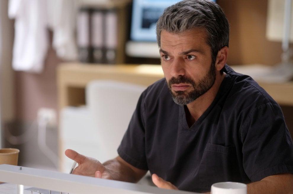 Luca Argentero è il dottor Andrea Fanti, arriva la serie 'Doc. Nelle tue mani'