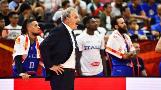 """Basket, Sacchetti: """"Troppi morti, lo sport deve passare in secondo piano"""""""