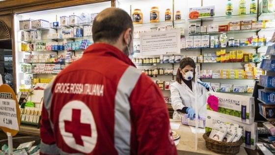 """Coronavirus, la denuncia dei malati cronici: """"I nostri farmaci salvavita requisiti per l'emergenza"""""""