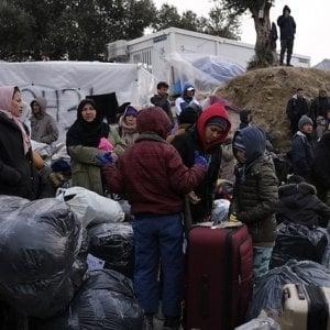 """Grecia, il rischio contagio: 21 Ong chiedono di ridurre subito l'affollamento di migranti nei Centri di accoglienza nelle isole dell'Egeo"""""""