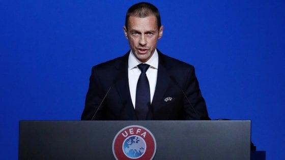Coronavirus, Uefa: ipotesi calcio d'estate per finire entro agosto