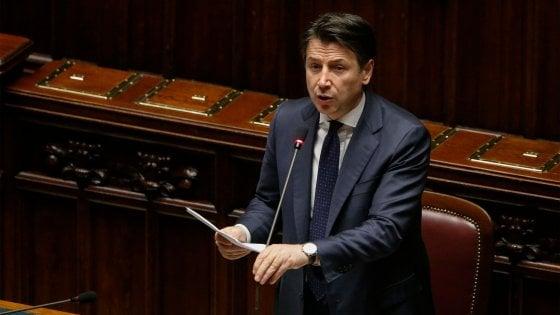 """Coronavirus, Conte in Aula: """"Altri 25 miliardi su credito-liquidità. Probabile recessione in tutta Europa"""""""