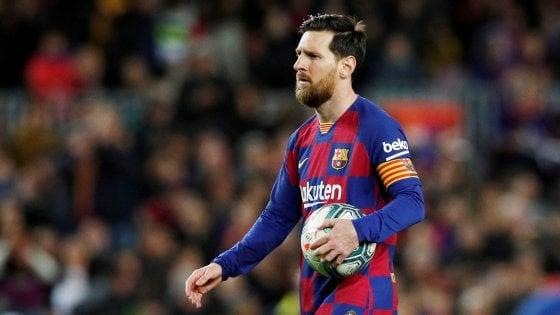 Coronavirus, giocatori Barcellona dicono no a taglio stipendi