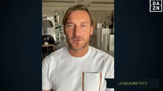 Coronavirus, Totti scherza sulla quarantena: ''Faccio il difensore, ospite di Ilary''