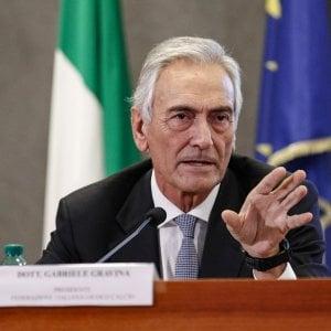 Figc chiede lo stato di crisi, cassa integrazione per i calciatori di B e C sotto i 50mila euro