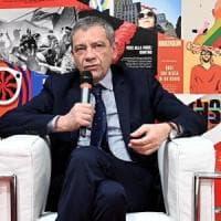 Giornalismo, lente di Strasburgo sulle minacce al direttore di Repubblica Carlo Verdelli....