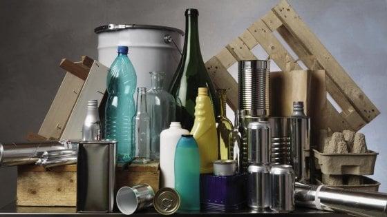 """Coronavirus, allarme del Conai: """"A rischio il ritiro dei rifiuti urbani"""""""