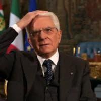 """Nel fuorionda di Mattarella, l'umanità del presidente: """"Giovanni, non vado dal barbiere..."""