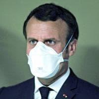 """Coronavirus, Macron: """"La Francia è al fianco dell'Italia, basta a un'Unione Europea..."""
