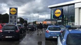 """Viminale e 007 avvertono: """"Temiamo proteste sociali"""". I supermercati sotto scorta"""
