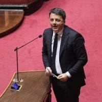 """Coronavirus, riaprire fabbriche e scuole? Gli scienziati contro Renzi: """"E' follia""""...."""