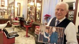 """Il barbiere di Mattarella: """"Onorato di tagliargli i capelli. Sempre e solo con le forbici. Lo aspetto alla fine della quarantena"""""""