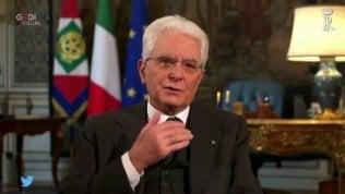 """""""Grazie Presidente"""", il fuorionda di Mattarella conquista i social"""