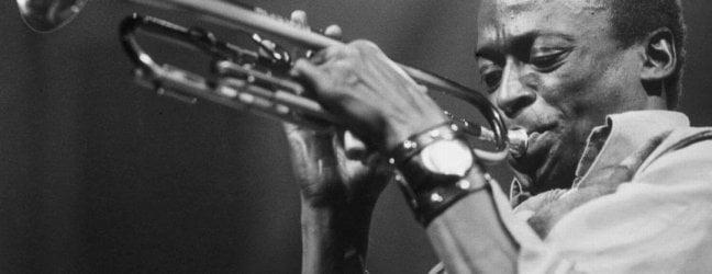 Miles Davis, 50 anni di 'Bitches Brew' e quella cattedrale che collega cielo a terra