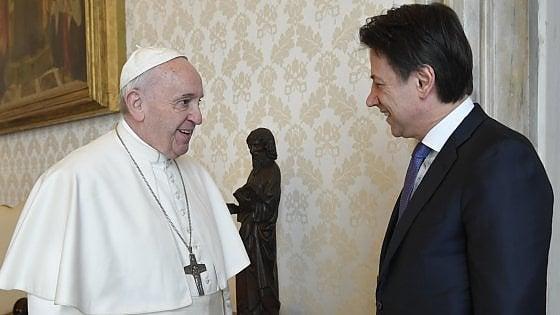 Coronavirus, il Papa ha incontrato in Vaticano il premier Conte