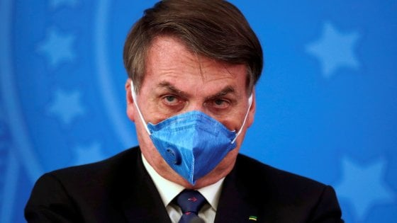 Coronavirus, Twitter rimuove i post di Bolsonaro sulla quarantena ...