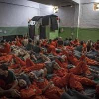 Siria, rivolta nel carcere dell'Isis