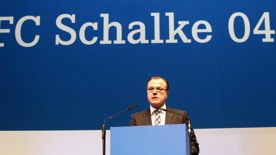 """Coronavirus, lo Schalke 04 multa Amine Harit: sorpreso dopo la mezzanotte a un """"coronaparty"""""""