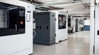 Covid-19, Mercedes apre i suoi laboratori all'industria medica