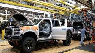 Il Coronavirus blocca in Europa 1,1 milioni di lavoratori nel mondo dell'auto