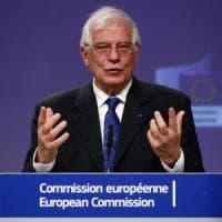 """Libia, Ue lancia la nuova missione nel Mediterraneo Irini: """"Dovrà fermare i traffici di..."""