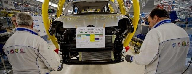 Mercato auto a picco: a marzo vendite giù del 90 per cento