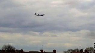 La webcam puntata su Heathrow: nel timelapse più uccelli di aerei