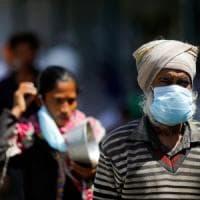 Coronavirus, 70 morti in India, il contagio arriva negli slum