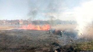 """Incendio nell'area boschiva intorno a Chernobyl. """"Aumentata la radioattività"""""""
