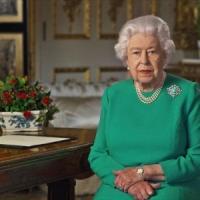 """Il discorso della regina Elisabetta: """"Vinceremo e torneremo insieme"""""""