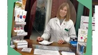 Eurostands cambia pelle per il virus: dai padiglioni delle fiere, si riconverte ai pannelli di plexiglass per le farmacie