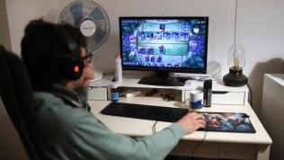 Istat: tutti in casa, ma per il 40% dei ragazzi spazi esigui e un terzo delle famiglie non ha il computer