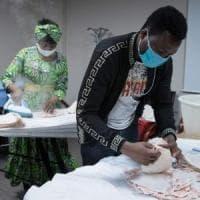 "Coronavirus, proposta shock di alcuni medici francesi: ""Sperimentare vaccino in Africa"""