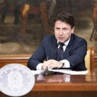 """Coronavirus, Conte alza i toni: """"Allentare le regole di bilancio o è la fine dell'Europa"""""""