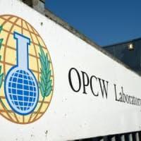 """Siria, """"Assad ha usato armi chimiche contro la popolazione"""": l'indagine dell'Opcw"""