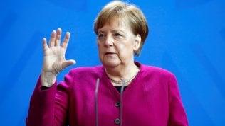 """Eurogruppo, nuova riunione. No di Merkel agli eurobond """"ma sì a solidarietà""""Le opzioni sul tavolo e i protagonisti foto"""