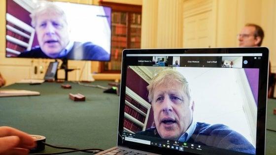 Coronavirus, Gb: Boris Johnson fuori da terapia intensiva
