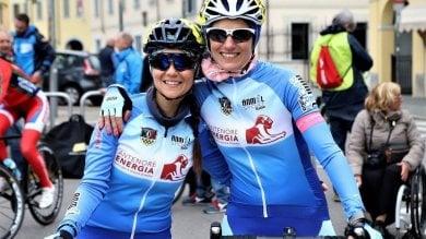 Affrontare la sclerosi pedalando: ecco Annalisa, fondatrice degli Sclerobikers