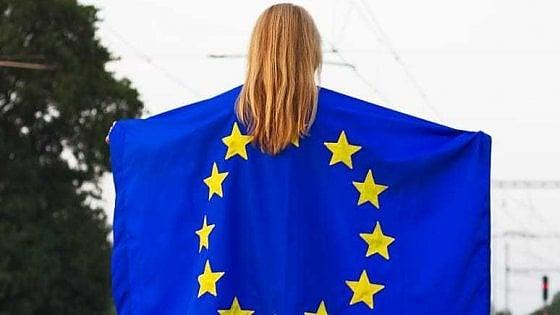 Da Elena Ferrante a Jo Squillo: in più di 14 mila firmano l'appello delle donne all'Europa contro gli egoismi da coronavirus