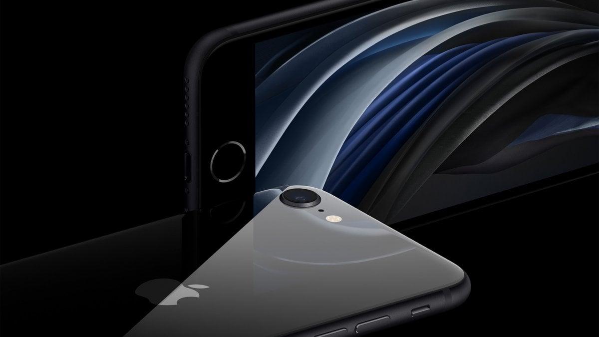 Apple svela l'iPhone SE di seconda generazione tra potenza e stile classico. E prezzo aggressivo