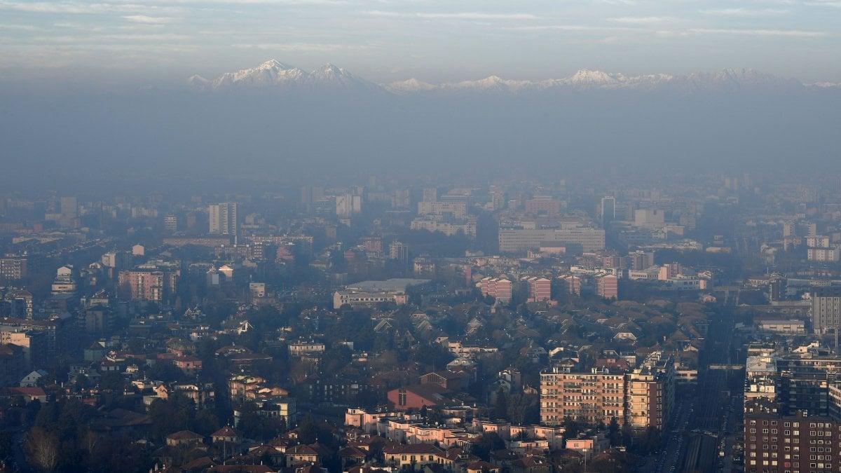Ispra: in Italia emissioni di CO2 in calo del 17% rispetto al 1990