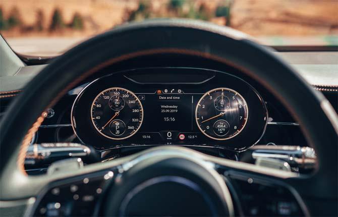 Bentley Flying Spur, la rivoluzione del display digitale