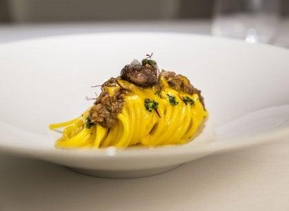 Uno spaghetto (allo Zafferano) per omaggiare Milano